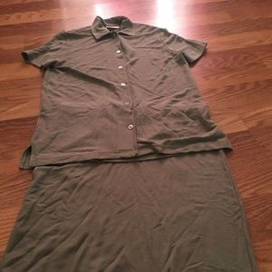 Women's M / L Nordstrom green suit set For Repair